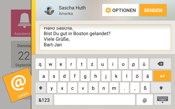 Asina e-mail app: The large font is good for legibility, but in combination with the on-screen keyboard, there is little space left for the text itself.